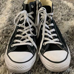 Like New Black Converse Chuck Taylor Unisex Shoes
